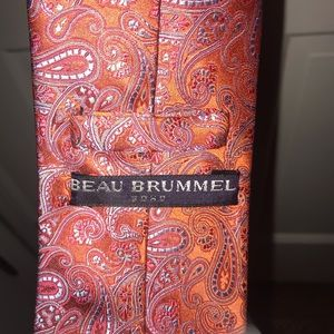 Men's designer tie, brand new